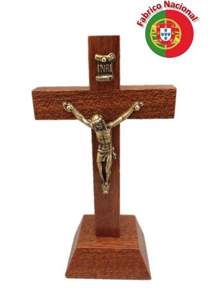 18/P - Croix em Bois 11cm a/Base et Christ en Métal