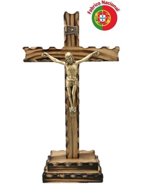 237/P - Crucifixo em Madeira Pinho Queimado 24cm c/Cristo em Metal e c/Base