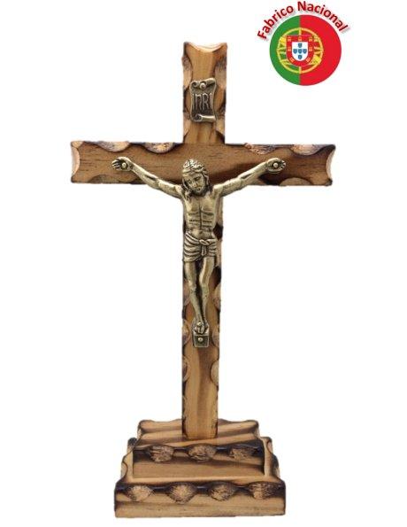 242/P - Crucifixo em Madeira Pinho Queimado 19,50cm c/Cristo em Metal e c/Base