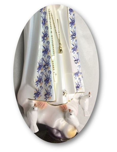 Our Lady of Fátima W/Flowered Design 27cm with Crystal eyes